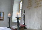 Jargenow-Altarleuchterwand